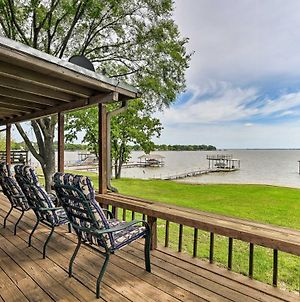 Cedar Creek Lakefront Home With Dock And Game Room! photos Exterior