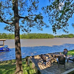 Lakefront Family-Friendly Home Fire Pit And Dock! photos Exterior