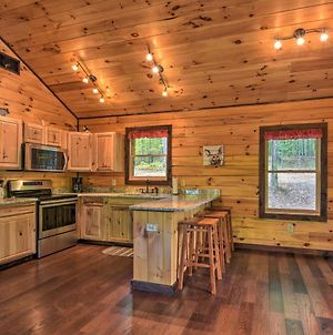 Cozy Log Cabin With Private Deck, 8 Mi To Murphy photos Exterior