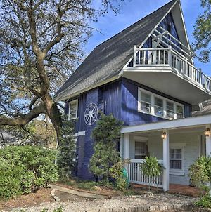 Coastal, Walkable Home In Historic Southport! photos Exterior