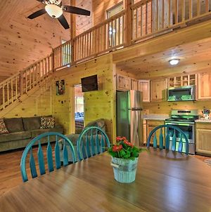 Murphy Cabin With Spacious Deck & Forest Views! photos Exterior
