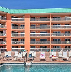 Beachfront Indian Shores Condo With Pool Access photos Exterior