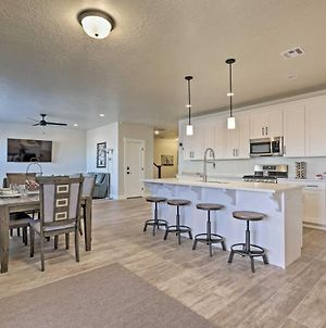 Newly Built Townhome With Hot Tub 7Mi To Red Cliffs photos Exterior
