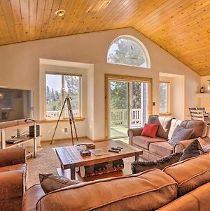 Family Home In Tahoe Donner With Deck, 1Mi To Skiing photos Exterior