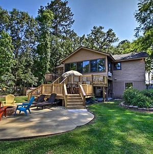 Waterfront Midway Home With Sunroom & Large Yard photos Exterior
