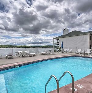 Waterfront Condo With Pool On Lake Of The Ozarks photos Exterior