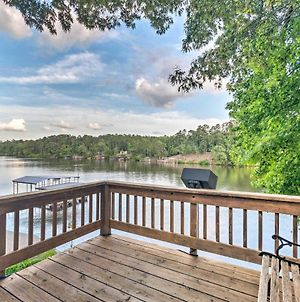Lakefront Hot Springs Home With 2 Swim Docks! photos Exterior