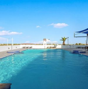 Beachfront Port Aransas Condo With Pool Access! photos Exterior