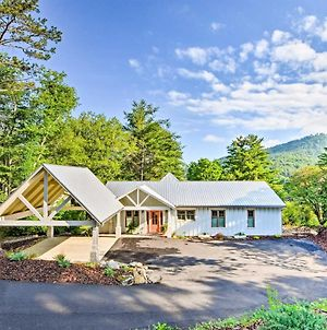 Luxury Lakefront Hiawassee Cottage With Boat Dock! photos Exterior