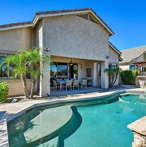 Family Home With Outdoor Oasis On Legacy Golf Course photos Exterior