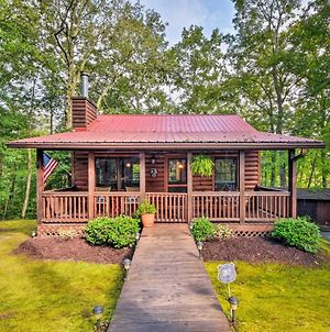 Cozy Cabin In Private Location With Hot Tub & Grill! photos Exterior