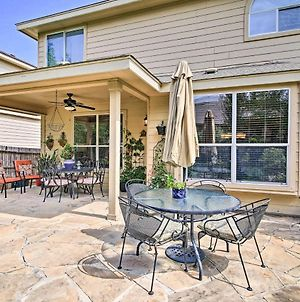 Home With Patio, Mins To Seaworld&Lackland Afb! photos Exterior