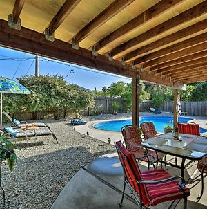 Updated Sacramento Home With Grill, Patio, And Pool! photos Exterior