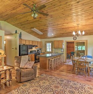 Family Cabin With Hot Tub And Patio - 9 Mi To Deadwood photos Exterior