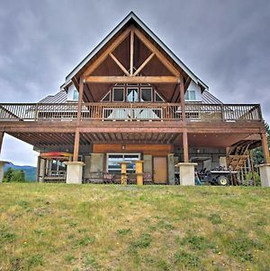 Villa With Firepit And Pond - 11 Miles To Mt Rainier! photos Exterior