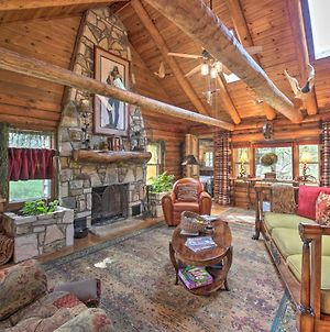 Inn The Woods Family Cabin With Hot Tub And Fire Pit photos Exterior