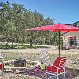 Modern Hill Country Cottage 13 Mi To Canyon Lake! photos Exterior