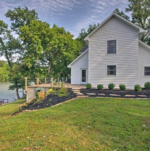Riverfront House With Patio And Grill & Fishing Pier! photos Exterior