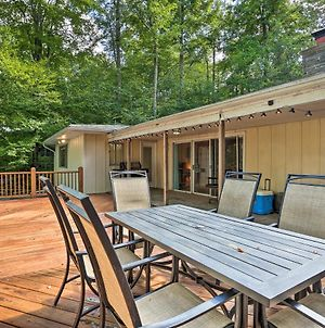 Lakefront Poconos House With Deck&Beach Access! photos Exterior
