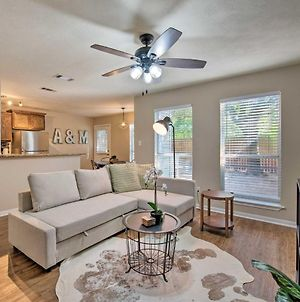 College Station Townhome - Walk To Texas A And M! photos Exterior