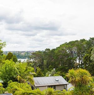 Brand New 5Br Modern Homes With View Of The Bay photos Exterior