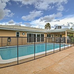 Riviera Beach Home With Pool - Walk To Beach! photos Exterior