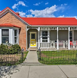 Chic Downtown Home With Grill, Steps To Main Street! photos Exterior