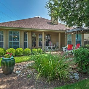 Home With Patio And Yard, 3 Miles To Lake Travis! photos Exterior