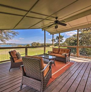 Lakefront Home - Amazing Views, Fire Pit, Game Room photos Exterior