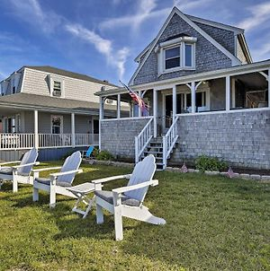 Oceanfront Cape Cod Home With Porch, Yard And Grill! photos Exterior