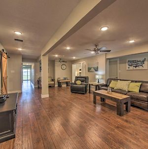 Lakefront Home Amazing Views, Fire Pit, Game Room photos Exterior