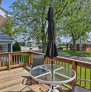 Port Clinton Home W/ Deck - A½ Block To Lake! photos Exterior