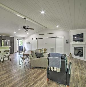 Lake Barkley Waterfront Home With Deck And Boat Dock! photos Exterior