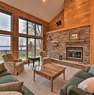 Cozy Expansive Lakefront Getaway With Spacious Deck! photos Exterior