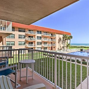 Oceanfront Condo With Balcony And Community Pool! photos Exterior