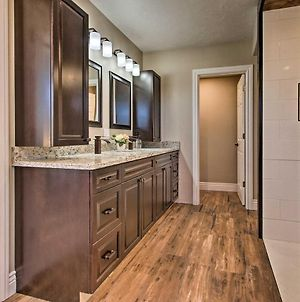 Spacious Home With Hot Tub, About 3 Mi To Giant Springs! photos Exterior