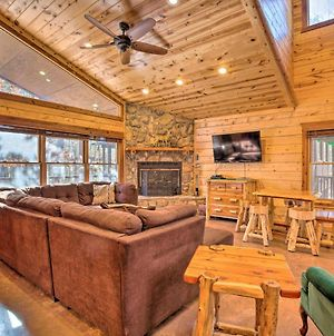 Spacious Broken Bow Cabin With Hot Tub And Playground! photos Exterior