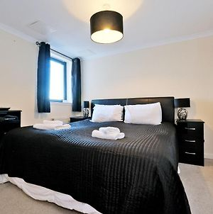 Orangeapartments Riverside Drive,5 Minutes From City Centre photos Exterior