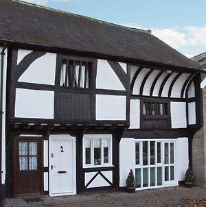 The Queen'S Truss, Hereford photos Exterior