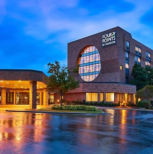 Four Points By Sheraton Milwaukee North Shore photos Exterior