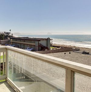 Oceanfront Condo Escape With Grill, Walk To Beach! photos Exterior