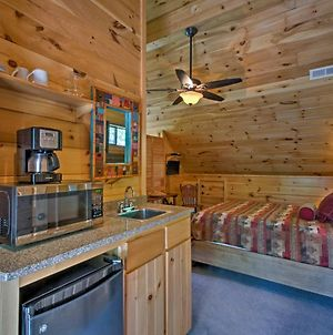 Bryson City Cabin With Private Spa And Mountain Views! photos Exterior