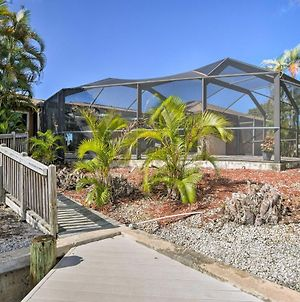Waterfront Marco Island Home With Heated Pool And Dock! photos Exterior