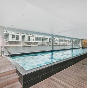 Modern And Minimalist Apt With Gym, Pool And Free Parking! photos Exterior