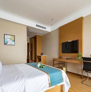 Greentree Inn Wuxi Jiangyin City Renmin East Road Liangchen Square Business Hotel photos Exterior