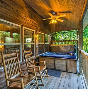 Nantahala Gorge Cabin With Hot Tub - 7 Mi To Tsali! photos Exterior
