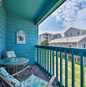 Condo With Balcony And Pool Less Than 2 Mi To Carolina Beach! photos Exterior