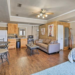 Granbury Studio- 10 Mins From Town And The Lake! photos Exterior