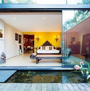 Veeve - Opulent Colours In North-West London photos Exterior