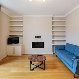 Modern Cosy One Bedroom Apartment, Close To Tube photos Exterior